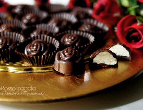 Cioccolatini ripieni al pralinato