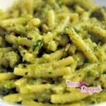 pasta-con-pesto-di-zucchine-tonno-e-philadelphia-