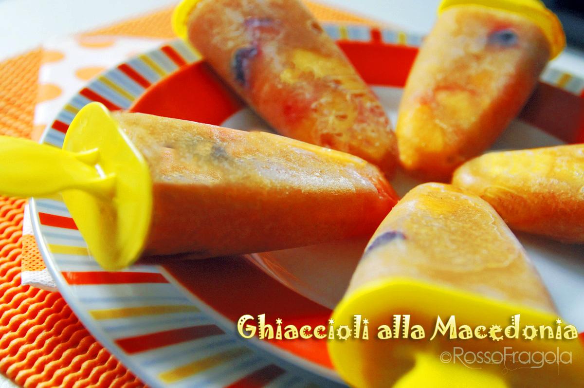 Ghiaccioli alla macedonia di frutta