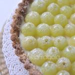 Crostata all'uva  con finta pa...