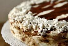 Torta meringata al caffè d'orzo – ricetta golosa