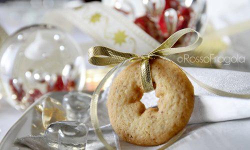 Biscotti natalizi con frolla alle mandorle