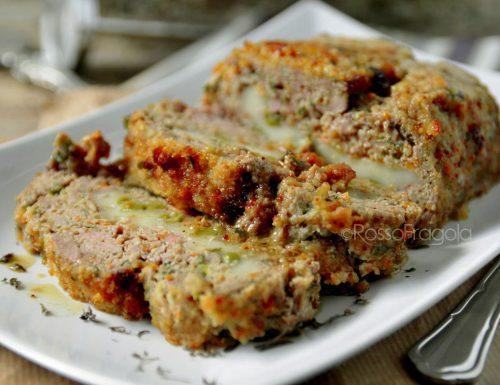 Rotolo di carne con piselli senza uova e mollica
