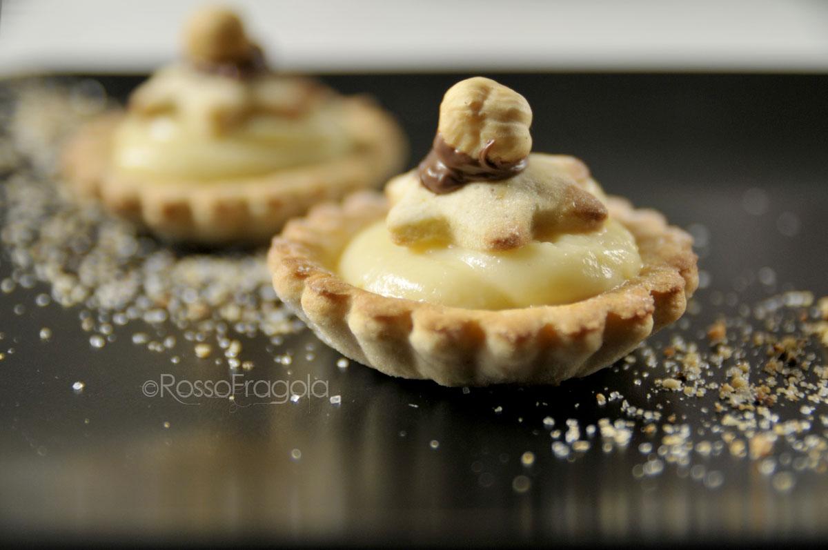 Tartellette golose con crema e nocciole