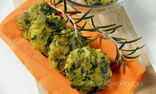 Schiacciatine di patate e strigoli al rosmarino
