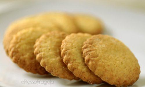 Biscotti alla panna friabili e golosi