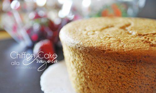 Chiffon Cake alla fragola – La torta più soffice del mondo