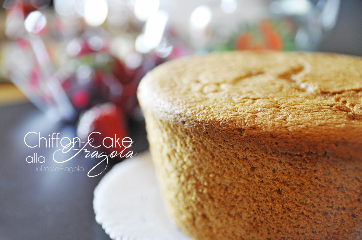 Chiffon cake alla fragola-