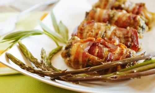 Rolls con asparagi e strigoli al bacon