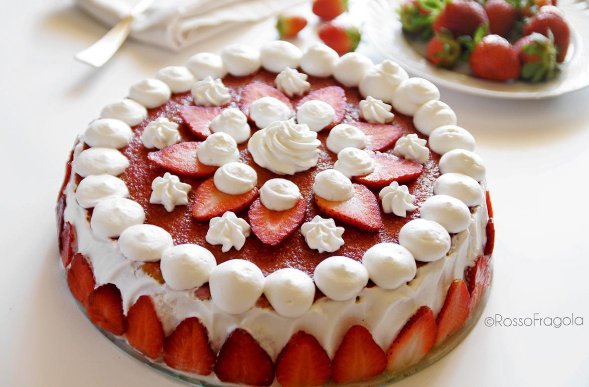 Torta Fragola ricotta e panna
