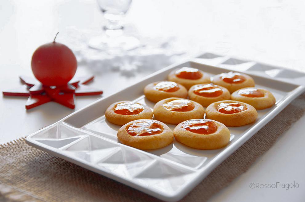 biscotti ovis mollis con farcitura all'arancia