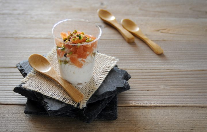 Coppa Esmeralda con crema di ricotta, cotognata e pistacchi