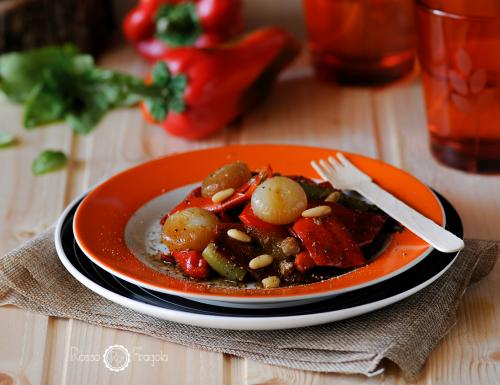 Frici piccanti alla siciliana con pinoli e capperi