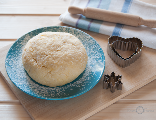 Pasta frolla alla panna – ricetta base per biscotti e crostate