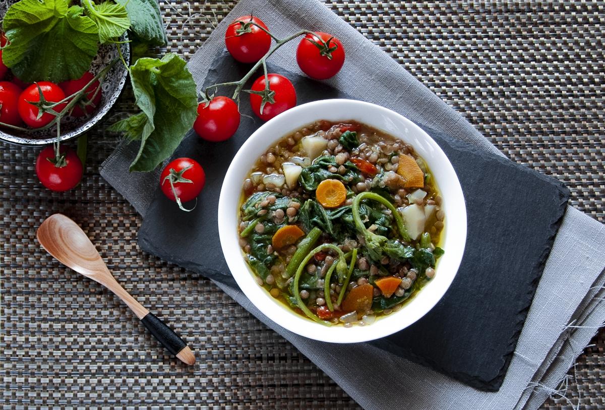 zuppa di tenerumi e lenticchie