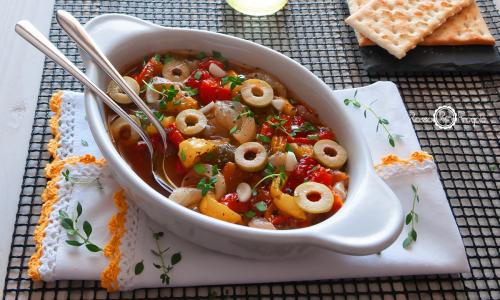 Contorno di Peperoni e Cipolle di Giarratana con aceto balsamico e aromi – ricetta siciliana