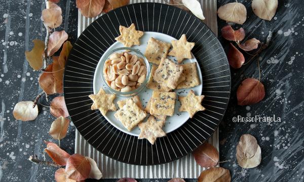 Frollini salati con arachidi  e semi di chia – senza lievito