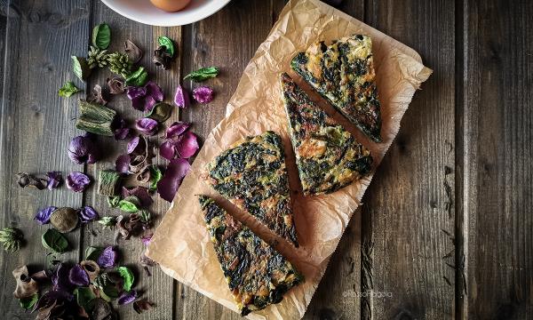 Frittata di spinaci con tonno e granella di noci