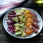Insalata mista con avocado bresaola e noci