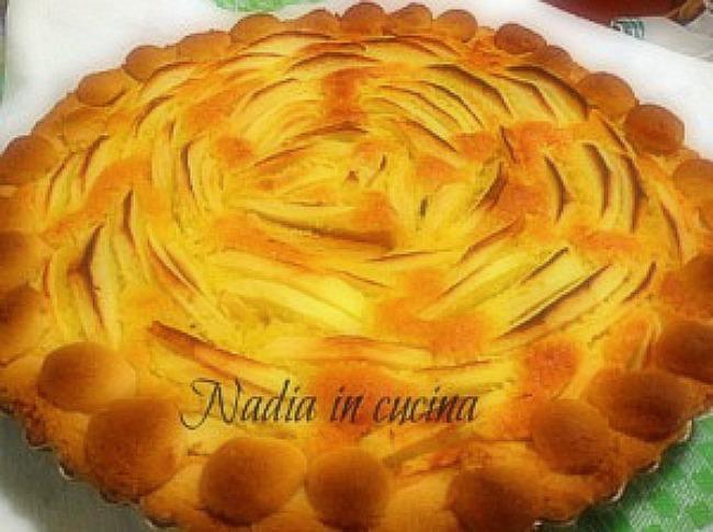 crostata-di-mele-e-mandorle-300x224