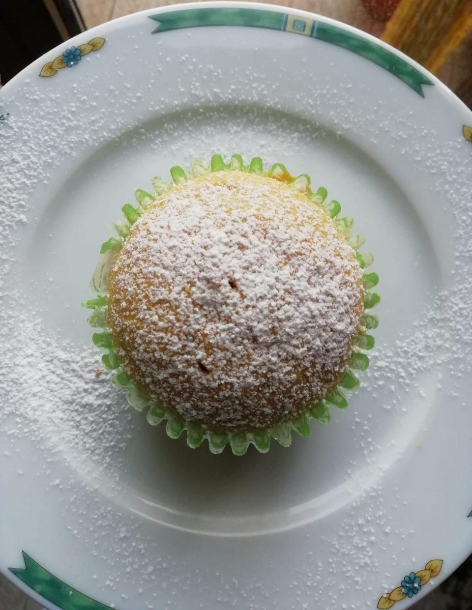 muffin con sciroppo d'acero e cannella