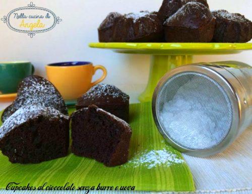 Cuori al cioccolato senza burro e uova