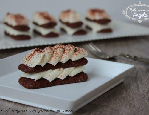 Tiramisù mignon con pavesini al cacao