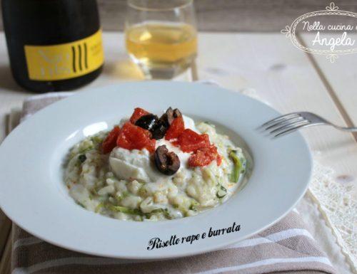 Risotto rape e burrata con salsa di acciuga olive e pomodorini