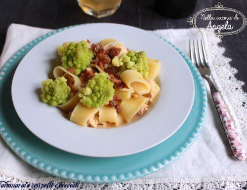 Calamarata con pollo e broccoli