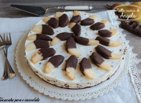 Cheesecake pera e cioccolato