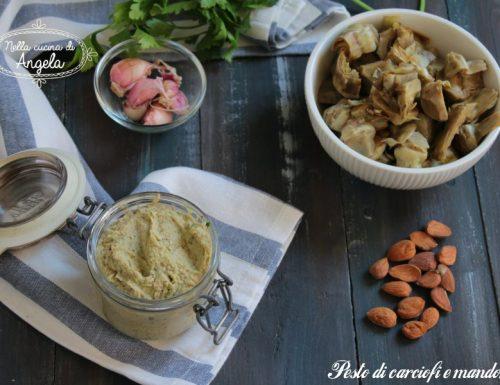 Pesto di carciofi e mandorle