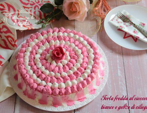 Torta fredda al cioccolato bianco e gelée di ciliegie