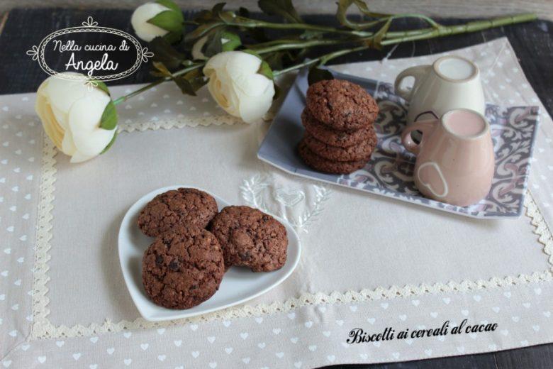 Biscotti ai cereali al cacao