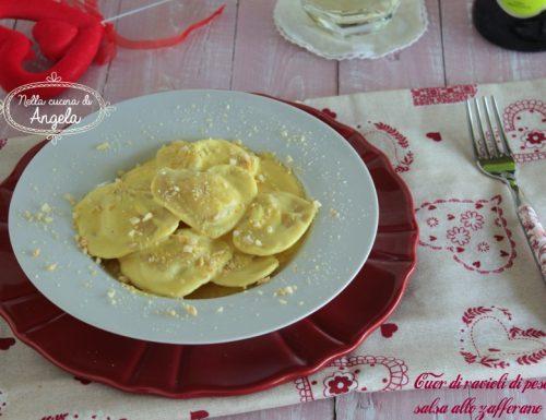Cuor di ravioli di pesce con salsa allo zafferano