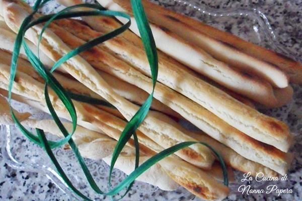 grissini-con-rinfreschi-di-pasta-madre