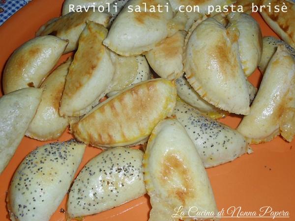Ravioli salati con pasta brisè