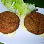 Hamburger di patate e manzo lessato