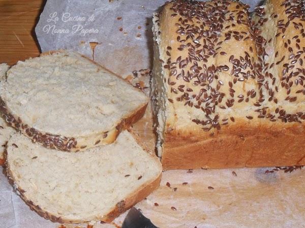 Pane in cassetta con farina di farro