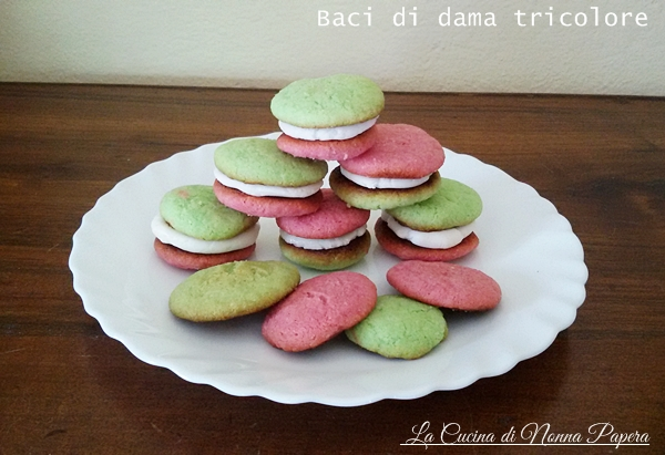 Baci tricolore ricetta