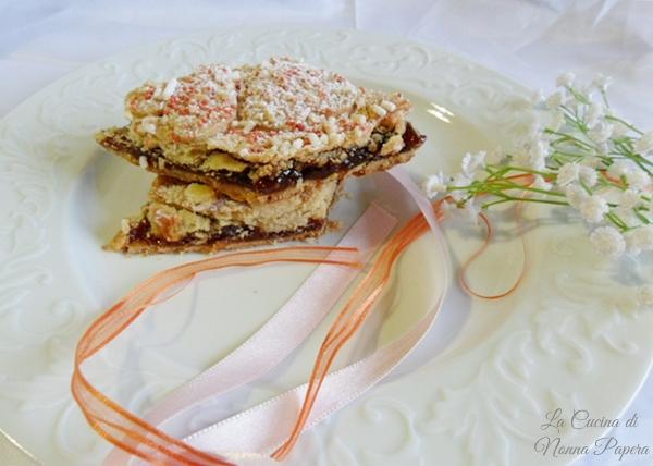 crostata-chiusa-con-marmellata