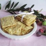 Crackers alle olive verdi