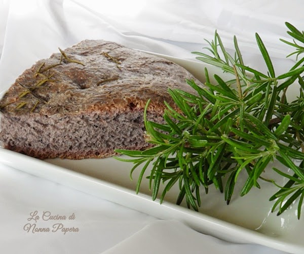Gnocco alla crema di olive nere