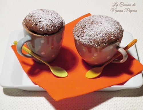 Torta in tazza con orzo solubile