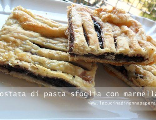 Crostata di pasta sfoglia con marmellata