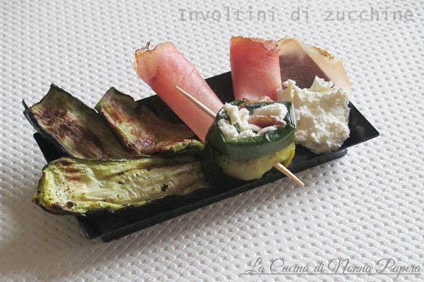 Zucchine grigliate con robiola e speck