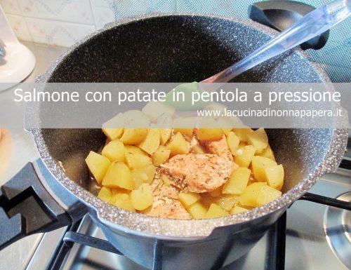Salmone arrosto con patate in pentola a pressione