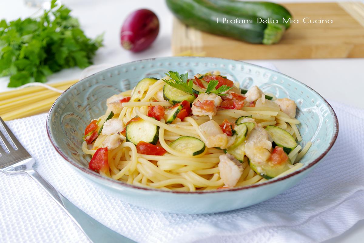 Spaghetti con merluzzo e zucchine i profumi della mia cucina for Casa del merluzzo