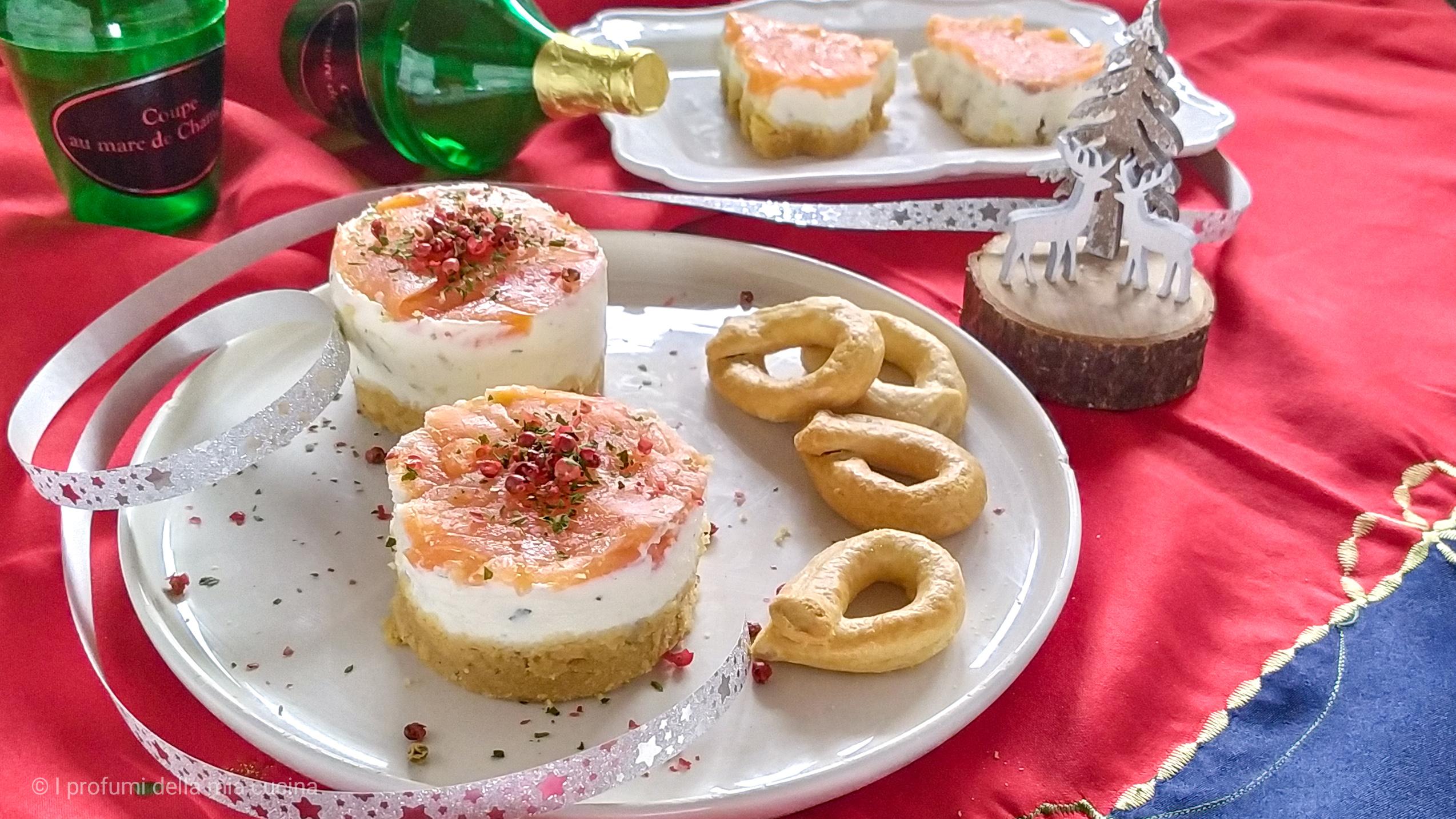 mini cheesecake con salmone