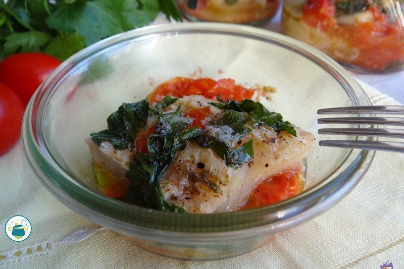 Pesce stocco agli aromi in vaso cottura al microonde