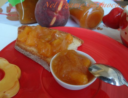 Confettura di pesche e zenzero – ricetta con pectina naturale-